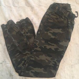 Levi's Camouflage Joggers Girls Large